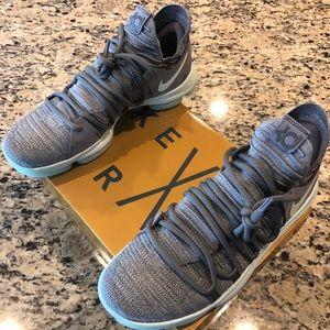 a46af5d7a23a Nike Shoes - ⭐️NIB MENS NIKE KDX(10) - PICS INSIDE⭐️